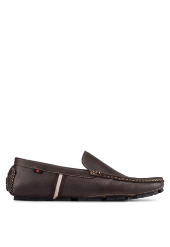 UniqTee brown Classic Loafers UN097SH0S21BMY_1