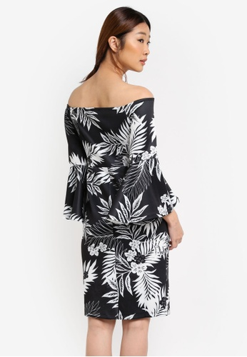 Dorothy Perkins was established over 90 years ago and also available in Malaysia, you'll never run out of things to wear. Fresh styles are added on a weekly basis in stores and on the daily online so there's always a new trend for you to look out for.