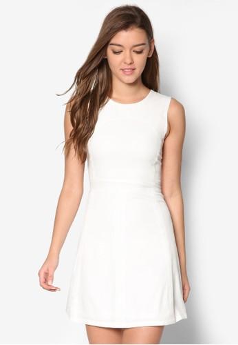 簡約無袖洋裝、 服飾、 洋裝DressingPaula簡約無袖洋裝最新折價
