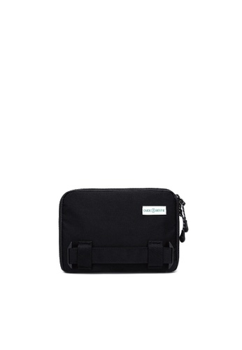 The Dude Passage RFID Protected Travel Bag 82F2DACF9DE50CGS_1
