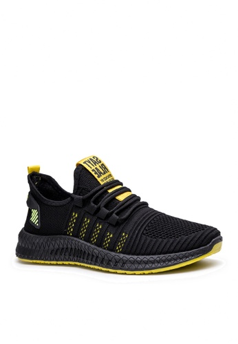 Twenty Eight Shoes black Stylish Mesh Sneakers VMT11 46F70SHD75A8F8GS_1