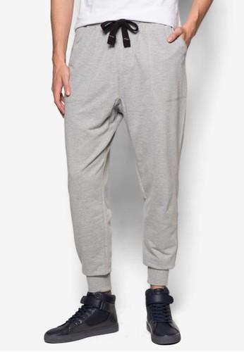 Trippy 束口運動長褲、 服飾、 服飾CottonOnTrippy束口運動長褲最新折價
