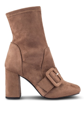 ZALORA beige and brown Buckle Ankle Boots B1BD8ZZ981A0F2GS_1