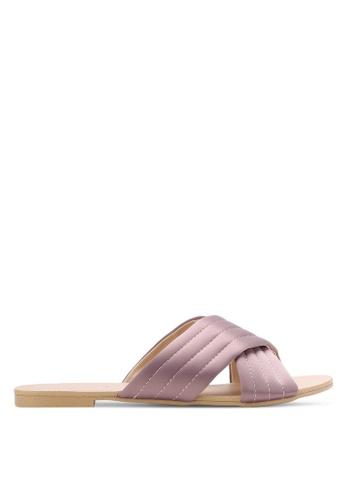 ZALORA pink Cross Strap Quilted Sliders 4AC1ESH2F1B3E5GS_1