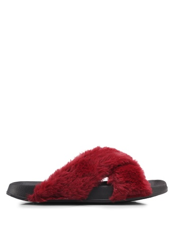 Rubi black and red Max Xover Fluffy Sandals DB891SH85FC763GS_1