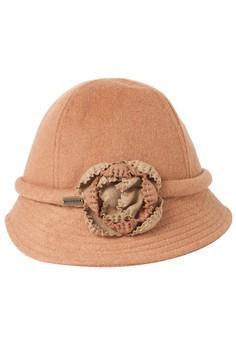 Deina Hat