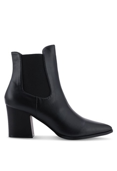 7dd684ffe8c Shop Boots for Women Online on ZALORA Philippines