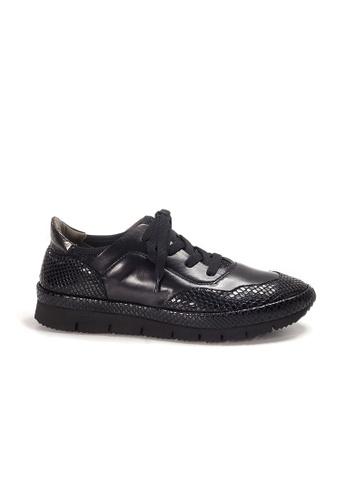 Shu Talk 黑色 XSA 黑色壓皮真皮型格輕便鞋 A10F7SHBC92A50GS_1