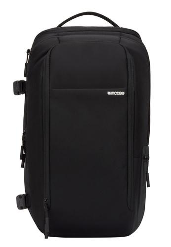 Incase black Incase INC0100326 BLK Camera Pro Pack - Black 14767AC7E53DE4GS_1