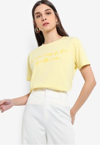 ZALORA 黃色 Slogan T恤 60ADCAA484DE59GS_1