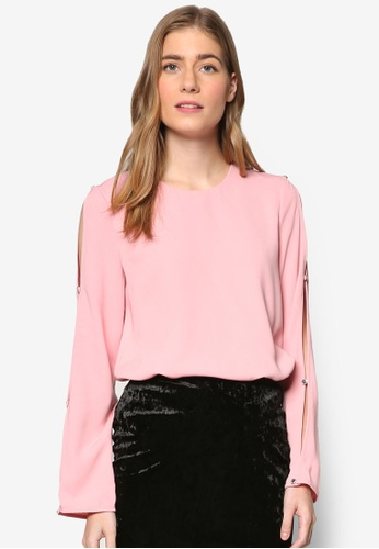 WAREHOUSE pink Diamante Button Sleeve Top WA653AA91KJWMY_1