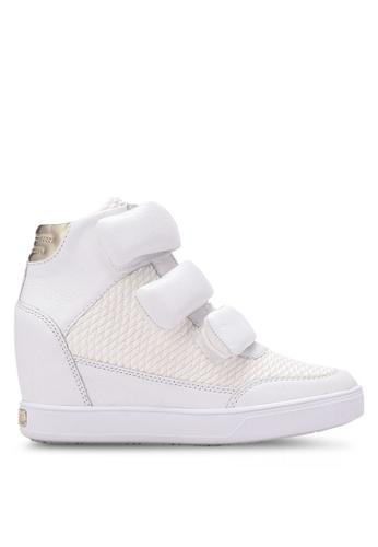 Guess white Fosca Platform Sneakers GU020SH0S7KXMY_1