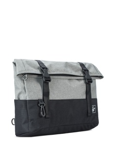 66% OFF Chocollection Toolbox Messenger Bag HK  580.00 NOW HK  200.00 Sizes  One Size ce3cc3a90555a
