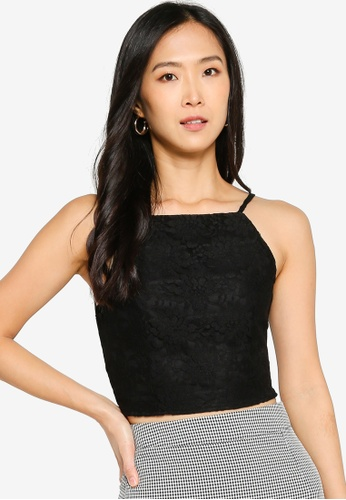 ZALORA BASICS 黑色 Straight Neck Fitted Lace Top FE623AABF3CF5EGS_1