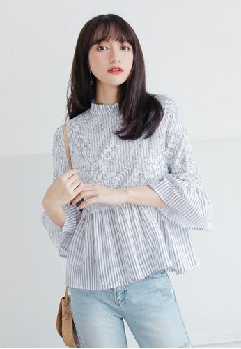 Shopsfashion grey Illusion Collar Floral Blouse  SH656AA0GS57SG_1