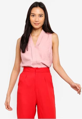 ZALORA 粉紅色 V領無袖上衣 9BB0EAACAEA306GS_1