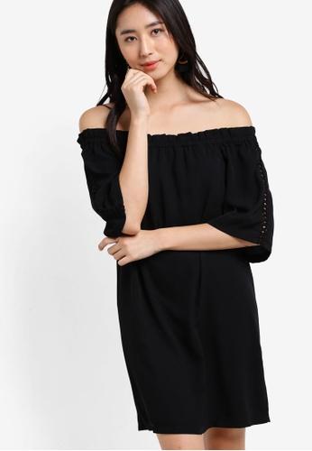 ZALORA black Love Off Shoulder Dress 62B7EAA205A540GS_1
