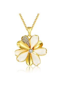 N915-A Delicate Daisy Flower Pendant Plated Necklace