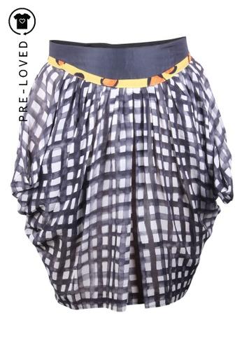 Tsumori Chisato black Pre-Loved tsumori chisato Checks Print Silk Skirt. 8453BAAEC9E96AGS_1