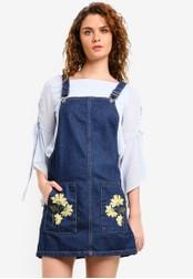 TOPSHOP blue Moto Floral Pocket Pinafore Dress TO412AA0RMX2MY_1