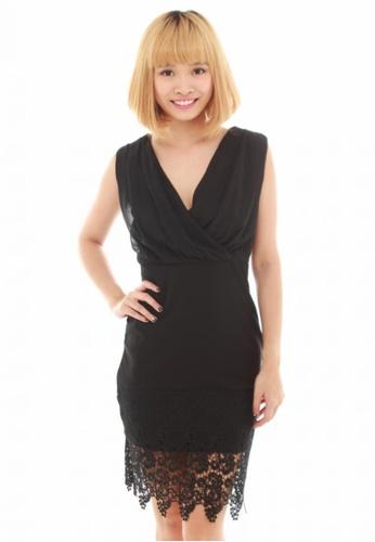 LUXORA black Criss Cross Lace Black Dress LU926AA21QUOSG_1