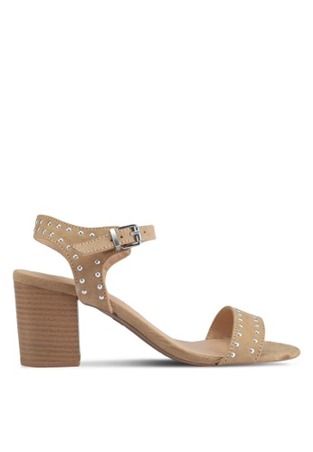 Dorothy Perkins 褐色 鉚釘一字帶粗跟涼鞋 5CEA1SH273ECF2GS_1