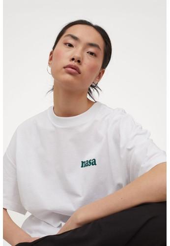 H&M white Oversized printed T-shirt 5D903AA3E773B9GS_1