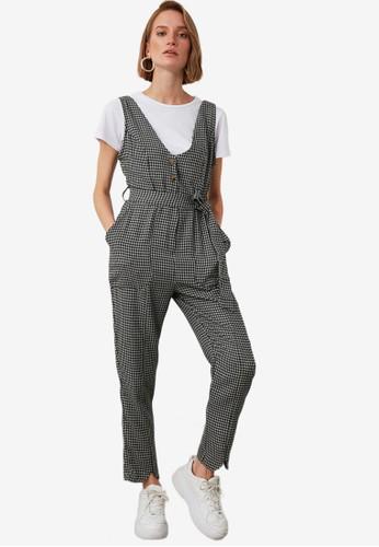 Trendyol grey Belted Button Vest Jumpsuit A4A8EAA108D84DGS_1