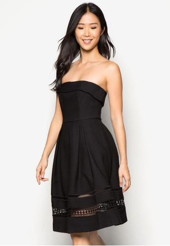 Pesprit outlet 台中remium 蕾絲拼接露肩傘擺洋裝, 服飾, 派對洋裝