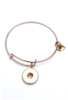 Pre-styled Love & Steel Bangle