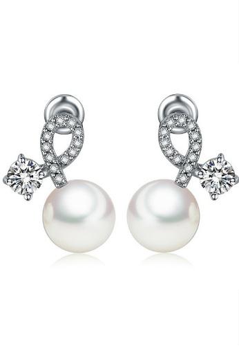 Vivere Rosse white Twist of Fate Pearl Stud Earrings VI014AC77GTIMY_1