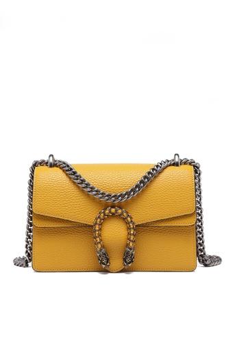Twenty Eight Shoes yellow VANSA Fashionable Lock Chain Crossbody Bag VBW-Cb80328 C4F91AC4021AEFGS_1