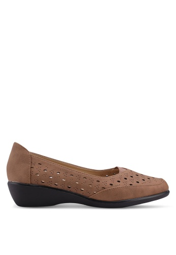 Noveni brown Slide On Wedges BFE85SH6438DFAGS_1