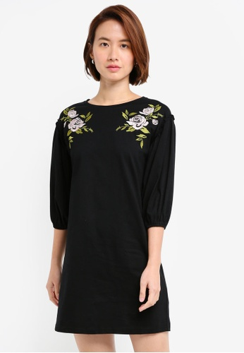 ZALORA black Embroidered Balloon Sleeves Dress 2C5C4AABD1498DGS_1