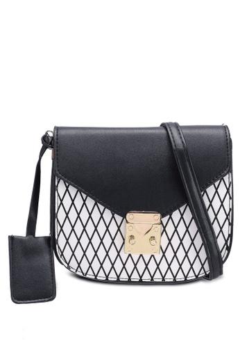 Berrybenka black Dama Octa Sling Bag EBC9CAC682E1CAGS_1
