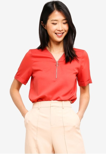 ZALORA BASICS red Basic Zipper Short Sleeves Top 2A22DAA30BC39BGS_1