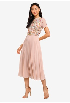 86b099c97 Frock and Frill