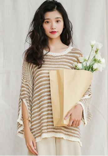 Shopsfashion white and beige Split Sleeve Pullover in Beige Strip SH656AA0FSRESG_1