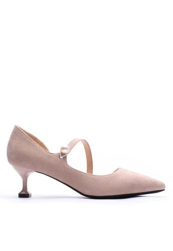 Twenty Eight Shoes 米褐色 珍珠扣尖頭絨面高踭鞋6203-6 2C25ASH2991DE5GS_1