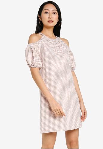 ZALORA BASICS pink Cold Shoulder Puff Sleeve Dress FC311AAD3A1F6CGS_1