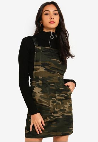 TOPSHOP green Camouflage Denim Clip Buckle Pinafore Dress 6E4CBAA611EBF7GS_1