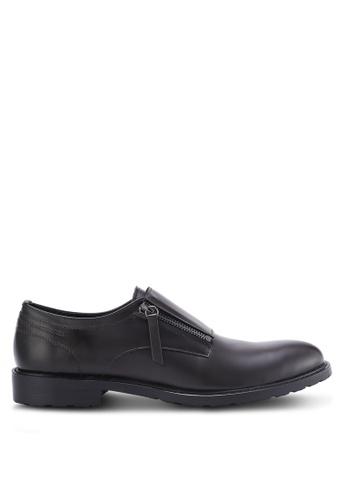 ZALORA brown Contemporary Zipper Monk Shoes 2BDD8AA0FEBEB1GS_1