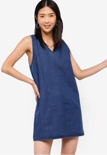 ZALORA BASICS blue Basic Denim V-Neck Shift Dress 8DF26AA996FCE7GS_1