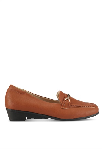 Alfio Raldo brown Pleather Loafers 2612ASHFD765E5GS_1