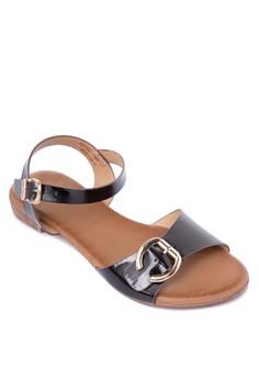 Abbigail Flat Sandals