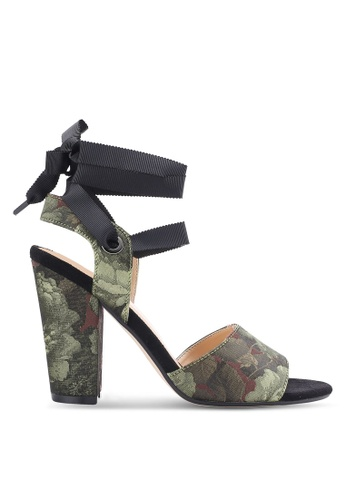 ZALORA 黑色 露趾繞踝粗跟鞋 06B81SHFFD9235GS_1