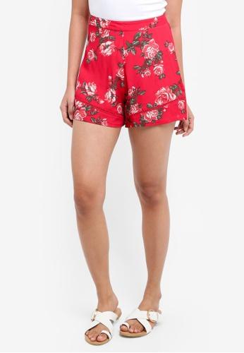 Miss Selfridge red Red Floral Print Flippy Shorts FEEA1AAFB0EDF1GS_1