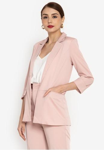 ZALORA WORK pink Folded Sleeves Oversized Blazer 3AE7DAAE6AF58CGS_1