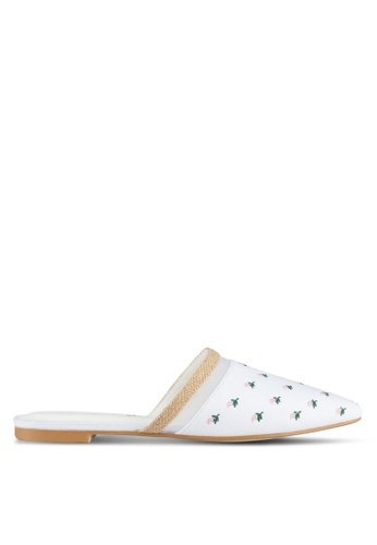 Something Borrowed white Embroidered Slip On Flats F00B8SH9929A80GS_1