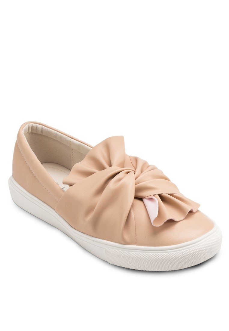 Twisted Bow Slip On Flats